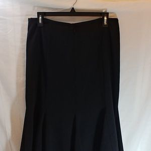 J.H. Collectibles women's skirt size 10 flare